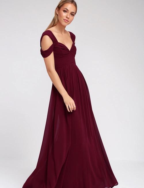 1b6a8338058 14 платьев для романтического свидания