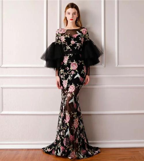 8d6978dc48c Выбираем платье на выпускной 2019  идеи
